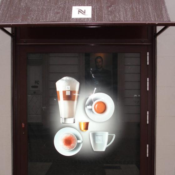 lettrage sur vitrine Nespresson