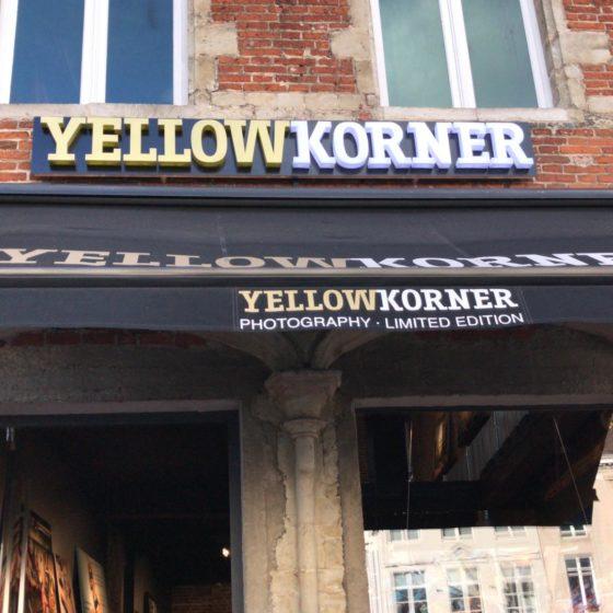 tente solaire et enseigne Yellow Korner
