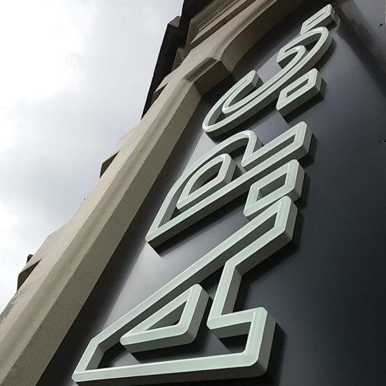 néon pour la marque APC